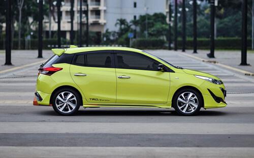 Bagian-Samping-Toyota-Yaris-TRD-Sportivo-2018